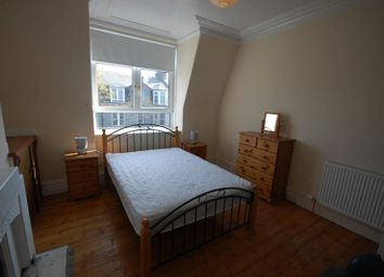 Thumbnail 1 bed flat to rent in Union Grove, Top Floor Left