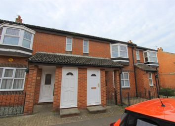 Thumbnail 1 bed flat to rent in Smithfield Road, Darlington