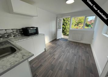 Thumbnail Flat to rent in Bargates, Christchurch