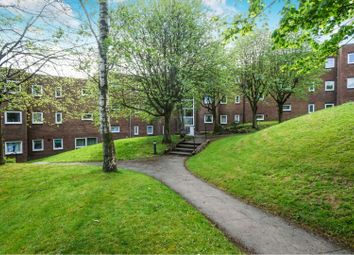 2 bed flat for sale in Sunfield, Romiley, Stockport SK6