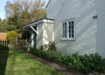 Thumbnail 2 bed cottage to rent in Church Green, Stanford In The Vale, Faringdon