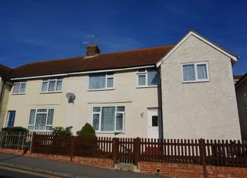 Thumbnail 2 bed property to rent in Gibbon Road, Newhaven