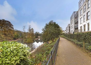 Thumbnail 2 bed flat to rent in Lake Court, Medway Drive, Tunbridge Wells