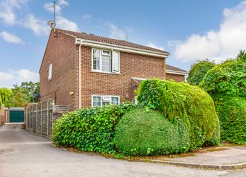 Thumbnail 2 bed maisonette to rent in Knowle Drive, Copthorne, Crawley
