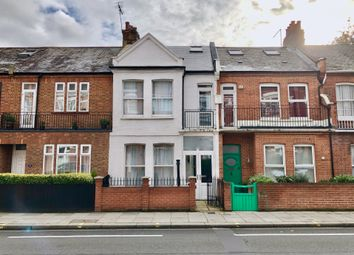 Thumbnail 5 bed flat to rent in New King's Road, London