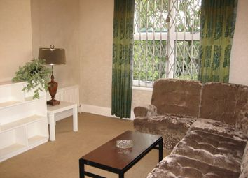Thumbnail 2 bed flat to rent in The Grove, Golders Green