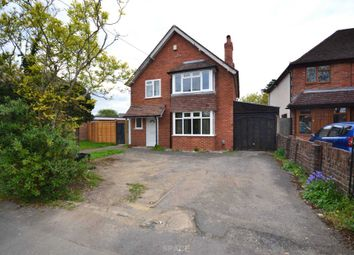 Thumbnail 3 bedroom semi-detached house to rent in Sutcliffe Avenue, Earley, Reading, Berkshire