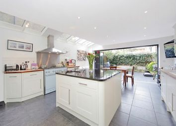 Thumbnail 4 bed property to rent in Elmstone Road, Parsons Green