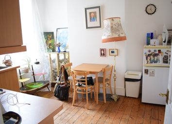 Thumbnail 1 bed flat to rent in Princes May Road, Stoke Newington