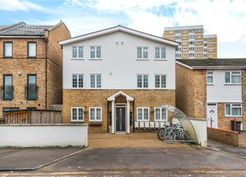 Thumbnail 2 bed flat to rent in Finsbury Road, Wood Green, London