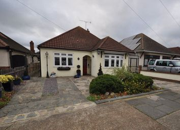 Thumbnail 3 bed bungalow to rent in Hubert Road, Rainham