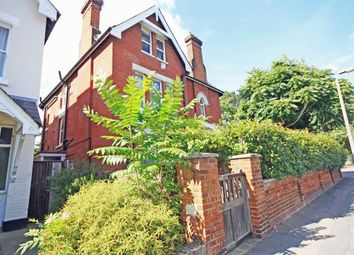 Thumbnail 1 bed flat to rent in Thames Reach, Lower Teddington Road, Kingston Upon Thames