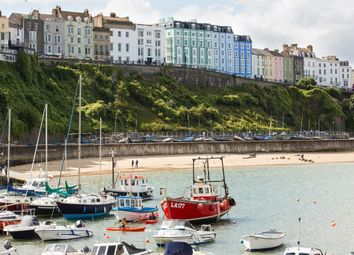 Thumbnail 2 bed flat for sale in White Lion Street, Tenby