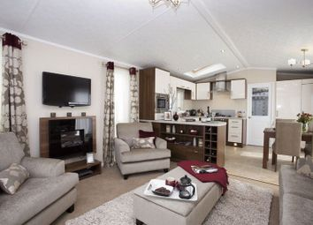 Thumbnail 2 bedroom mobile/park home for sale in Atwick Road, Hornsea