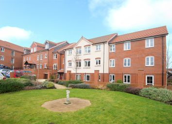 Thumbnail 1 bed property for sale in Bellingdon Road, Chesham