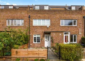 Thumbnail 3 bed flat to rent in Chambord Street, London