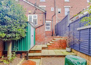 1 bed maisonette for sale in Farningham Road, Caterham, Surrey, . CR3