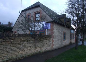 Thumbnail 1 bed property to rent in Courtney House, Lechlade Road, Faringdon