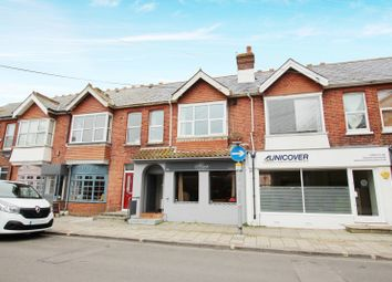 Thumbnail 2 bedroom flat to rent in Chatsworth Road, Broadwater, Worthing
