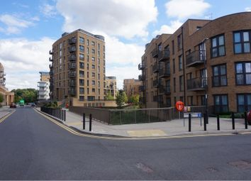 Thumbnail 1 bed flat for sale in 21 Whitestone Way, Croydon