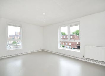 Thumbnail 1 bed flat to rent in Lansdowne Drive, London Fields
