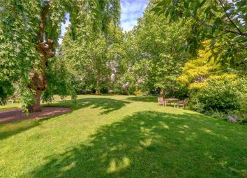 Thumbnail 2 bed flat for sale in Kensington Park Gardens, London