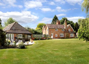Wolverton Townsend, Wolverton, Tadley, Hampshire RG26. 6 bed detached house