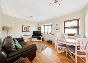 Forest Road, London E17. 2 bed flat for sale