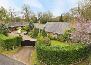 Thumbnail 5 bedroom detached house to rent in Kings Drive, Burhill