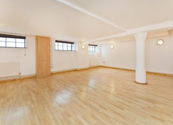 Thumbnail Studio to rent in Tyssen Street, London