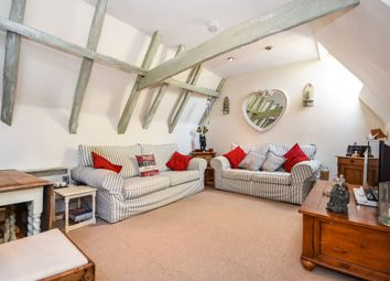 Market Hill, Coggeshall, Colchester CO6. 2 bed penthouse