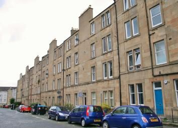 2 bed flat to rent in Cathcart Place, Dalry, Edinburgh EH11