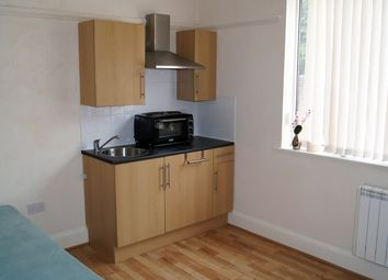 Thumbnail Studio to rent in Low Road, Doncaster