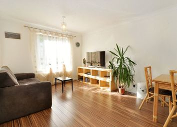 Thumbnail 2 bed flat to rent in Horseshoe Close, Isle Of Dogs, London
