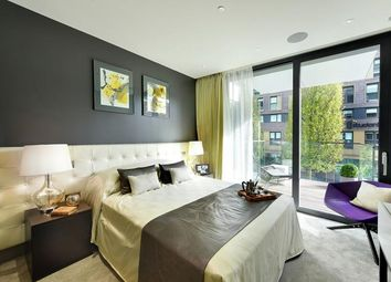 Thumbnail 1 bed flat for sale in Kingwood Gardens, Goodmans Fields, Aldgate