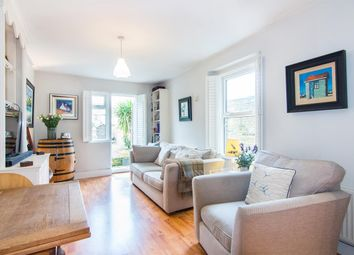 Thumbnail 2 bed flat for sale in Palewell Park, London