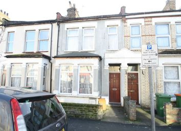 Thumbnail 1 bed flat to rent in Lawrence Road, East Ham, London
