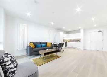 Pinnacle House, 4 Schooner Road, Royal Wharf, London E16. 1 bed flat