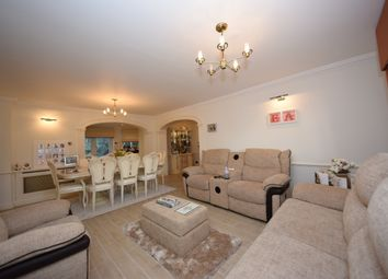 Thumbnail 5 bedroom detached house to rent in Traps Hill, Loughton, Essex
