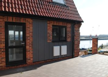 Thumbnail 2 bed town house for sale in Riverside Road, Gorleston-On-Sea