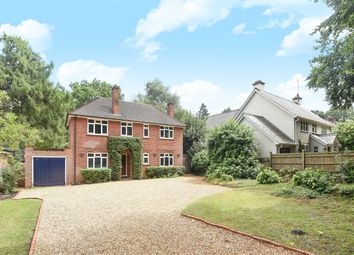 Thumbnail 4 bedroom detached house to rent in Wokingham Road, Crowthorne
