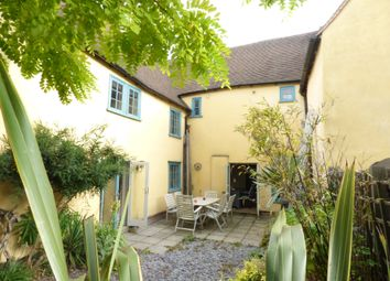 Thumbnail 5 bed cottage to rent in East Street, Colchester
