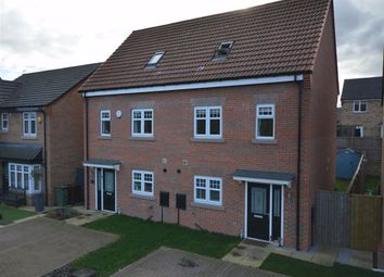 Thumbnail 3 bed town house for sale in Retreat Place, Pontefract