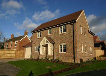 Thumbnail 4 bed detached house to rent in Botley Road, Horton Heath/Fair Oak, Eastleigh