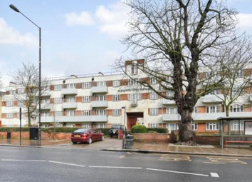 Thumbnail 2 bedroom flat for sale in Mountview Court, London