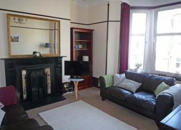 2 bed flat to rent in 109 Union Grove, Aberdeen AB10