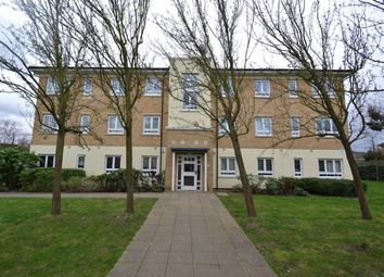 2 bed flat to rent in Azure Court, Elvedon Road, Feltham TW13
