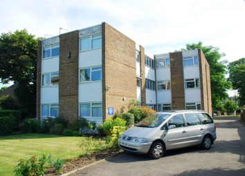 Thumbnail 2 bed flat to rent in West Hill Road, Southfields