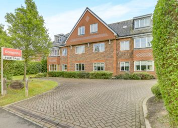 Thumbnail 2 bed flat for sale in Brewer Road, Crawley