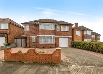 5 bed detached house to rent in Wemborough Road, Stanmore HA7
